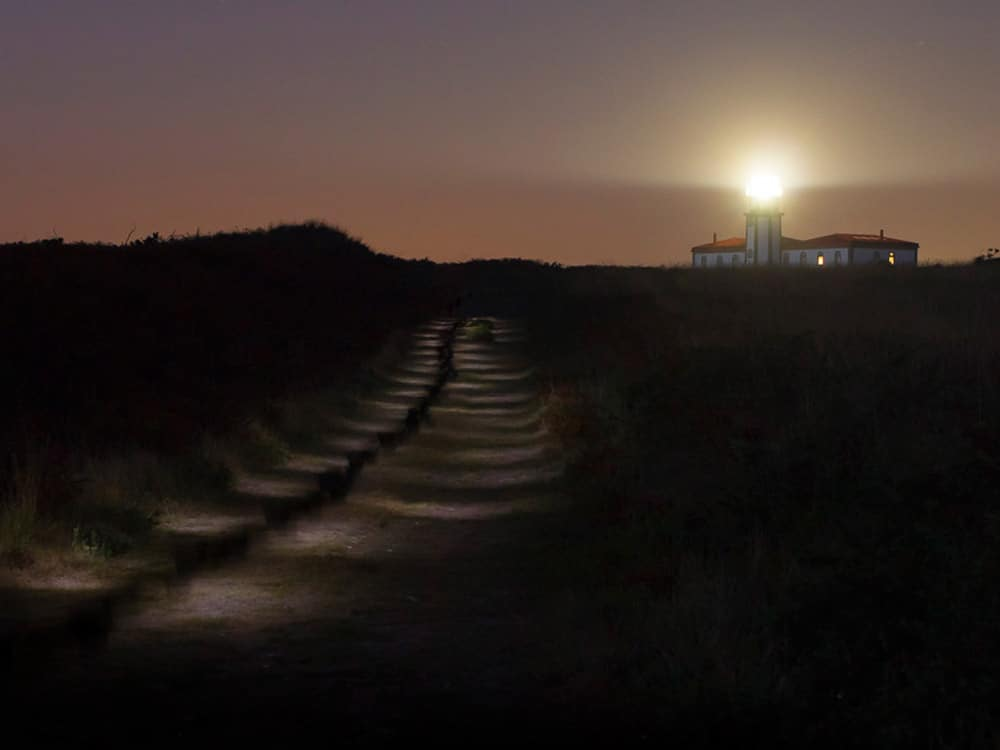 Faro de Ons Nocturno