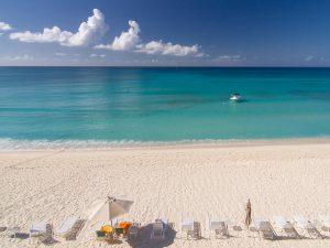 las mejores playas del mundo: Seven Mile Beach, Gran Caimán, Islas Caimán.